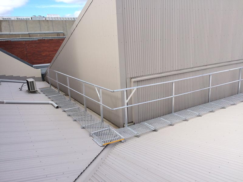 Roof Walkway Solutions | Aluminium Roof Walkways | Safe