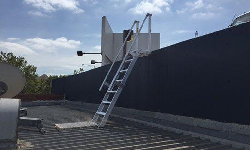 Angled Ladders
